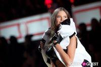 Victoria's Secret Fashion Show 2010 #120