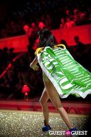 Victoria's Secret Fashion Show 2010 #129