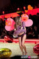 Victoria's Secret Fashion Show 2010 #304