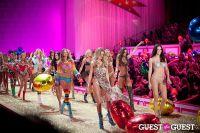 Victoria's Secret Fashion Show 2010 #318
