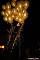 """MARTINI """"LET'S GO"""" SPLASHING THE NYC SKY WITH GOLD BALLOONS #4"""