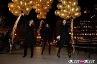 """MARTINI """"LET'S GO"""" SPLASHING THE NYC SKY WITH GOLD BALLOONS #39"""