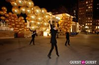 """MARTINI """"LET'S GO"""" SPLASHING THE NYC SKY WITH GOLD BALLOONS #45"""