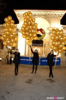 """MARTINI """"LET'S GO"""" SPLASHING THE NYC SKY WITH GOLD BALLOONS #47"""