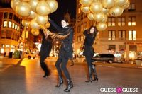 """MARTINI """"LET'S GO"""" SPLASHING THE NYC SKY WITH GOLD BALLOONS #52"""