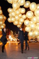 """MARTINI """"LET'S GO"""" SPLASHING THE NYC SKY WITH GOLD BALLOONS #53"""