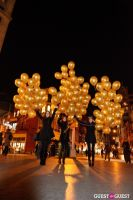"""MARTINI """"LET'S GO"""" SPLASHING THE NYC SKY WITH GOLD BALLOONS #58"""