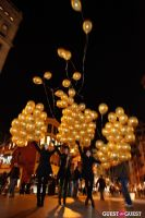 """MARTINI """"LET'S GO"""" SPLASHING THE NYC SKY WITH GOLD BALLOONS #60"""