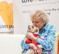 Betty White Hosts L.A. Love & Leashes 1st Anniversary #12