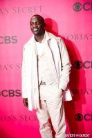 2010 Victoria's Secret Fashion Show Pink Carpet Arrivals #14
