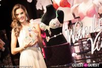 Victoria's Secret Angel Alessandra Ambrosio Reveals the Floral Fantasy Bra by Lodon Jewelers #9