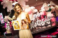 Victoria's Secret Angel Alessandra Ambrosio Reveals the Floral Fantasy Bra by Lodon Jewelers #11
