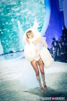 Victoria's Secret Fashion Show 2013 #405