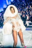 Victoria's Secret Fashion Show 2013 #408
