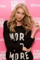 Victoria's Secret PINK model Elsa Hosk hosts live 2013 Victoria's Secret Fashion Show Viewing Party in Chicago #3
