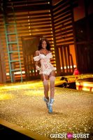 Victoria's Secret Fashion Show 2010 #194