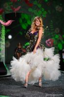 Victorias Secret Fashion Show #13