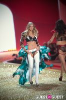 Victoria's Secret Fashion Show 2010 #19