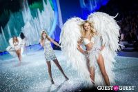 Victoria's Secret Fashion Show 2013 #395