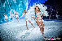 Victoria's Secret Fashion Show 2013 #388