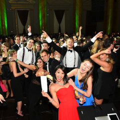 5 Reasons To Hire A Guest Of A Guest Photographer For Your Next Event