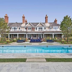 Beyoncé & Jay Z's Hamptons Summer Home Is Up For Rent (For Just $1 Million!)