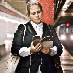 The Best Quick Reads For Your Subway Commute