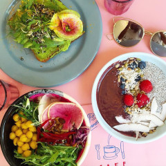 8 Vegan Brunch Spots Even Carnivores Could Love