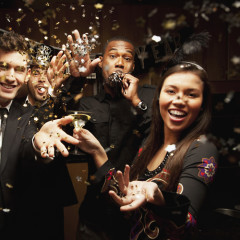 Why You Shouldn't Scour The Party For A New Year's Kiss