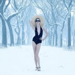 Please Everyone, Stop Instagramming This Same Picture Of Karlie Kloss In The Snow