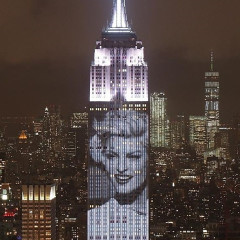 The Empire State Building Lit Up In Fashion Last Night For Harper's Bazaar