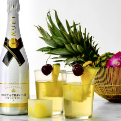 4 Iced Champagne Cocktails To Keep You Cool All Weekend