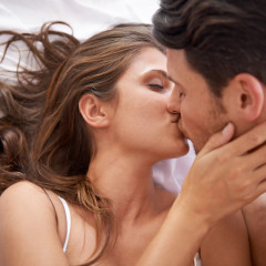 7 Reasons Why You SHOULD Have Sex On The First Date