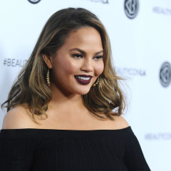 Chrissy Teigen & Women Around The World Are Boycotting Twitter Today