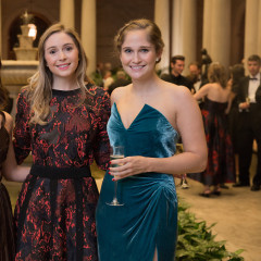 NYC's Chicest Socialites Fête Fall At The Frick's 2017 Autumn Dinner
