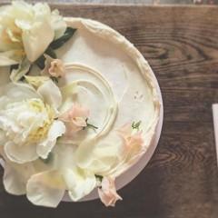 A Sneak Peek At Meghan Markle's Wedding Cake