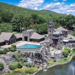 Inside Derek Jeter's $15 Million Castle Upstate