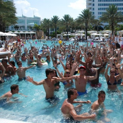 Thrillist's Ben Lerer Likes To Party In His Bathing Suit