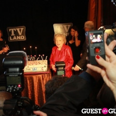 Betty White Throws It Down At Le Cirque For Her 89th