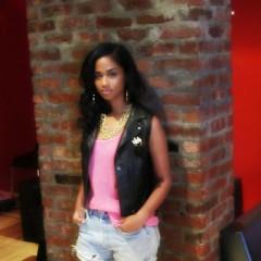 Daily Style Phile: Vashtie Kola, Downtown's Sweetheart