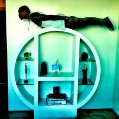Trendspotting: Celebrities Planking
