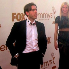 JRL Steals Gwyneth's Red Carpet Thunder At The 2011 Emmys