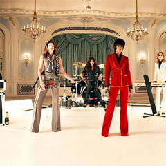 Fashion And Music: Women Bridging The Model/Musician Gap