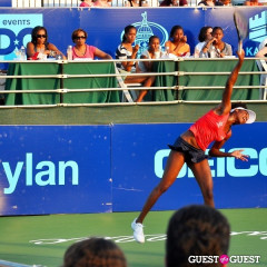 First Lady, First Daughters, And First Grandma Watch Venus Williams Play For The Washington Kastles