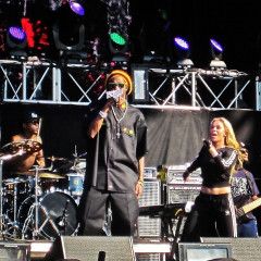 Snoop Dogg, John Legend, And Paulina Rubio Bring The Fiesta To The H2O Festival