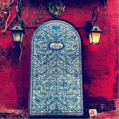 Photo Of The Day: Bleecker And Blue