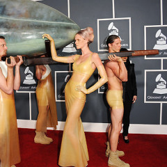 Top 10 Worst Grammy Outfits Of The Last 5 Years (Like, Reeeally Bad)