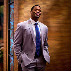 Daily Style Phile: Football Legend And TV Host Michael Strahan Tackles His New Style