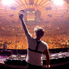 Interview: Armin van Buuren Reveals Details About His