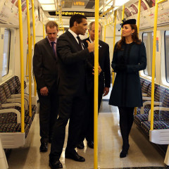 10 Celebrities Caught Riding The Subway